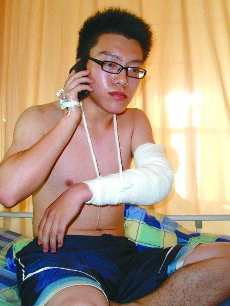 昨日,长城医院,救火受伤的大学生邓琳