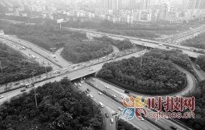渝北区人和立交,被定为D级桥的人和立交跨线桥,将进行加固整治