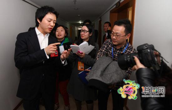 李云迪表示重庆琴童数量不少,拥有坚实的人才基础。