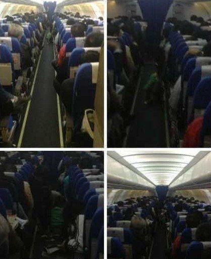 网曝当众在飞机客舱走道上大便