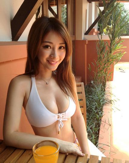 柳岩泰国度假照
