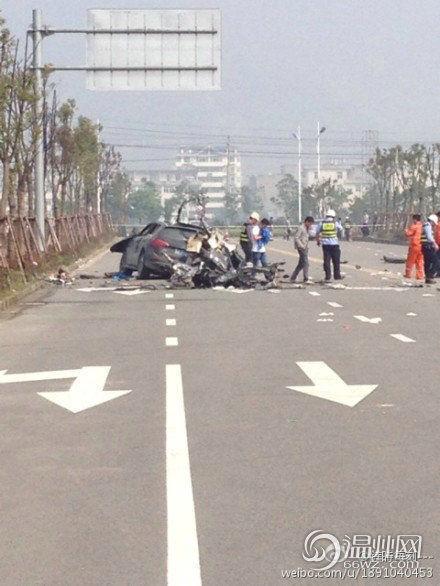 司机在温州无证醉驾致7人死亡 其中两重庆人。图片由网友所摄。@鎂時毎刻