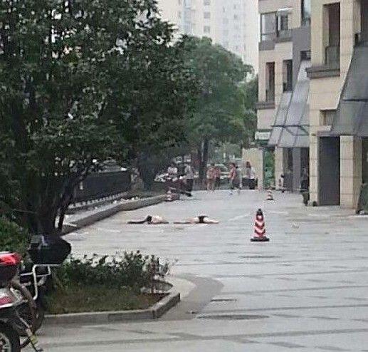 无锡华仁凤凰城女子假跳楼成真 身体摔两半