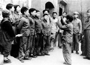堆发现老重庆 深圳藏家赠千幅老照片图片