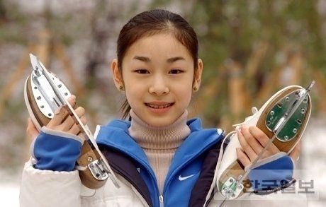 日韩花滑女神浅田真央金妍儿青涩照曝光(图)
