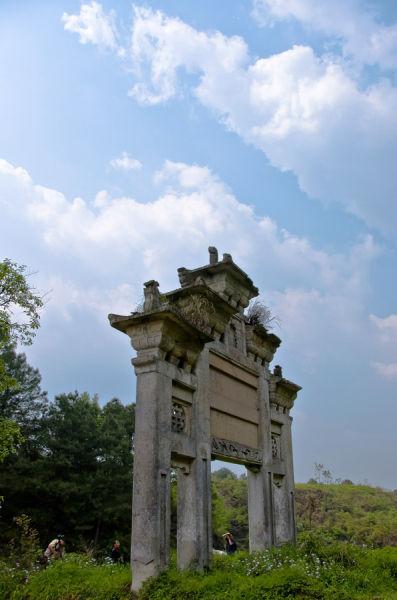 周煌墓牌坊