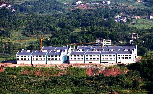忠县建成高山生态移民安置点41个