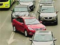 江北专项整治交通秩序 乱变道扣3分罚款100元