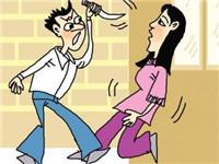 隔壁房间传来前女友声音 男子带着刀过去将其毁容