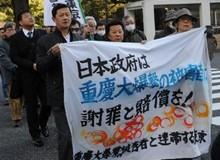 重庆轰炸受害代表游行
