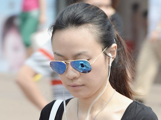 重庆街拍墨镜MM