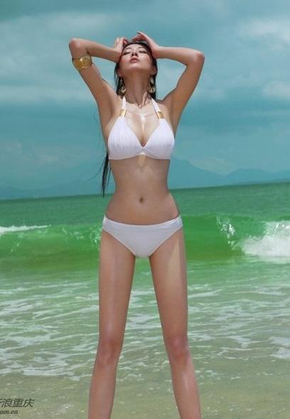 重庆美女被称第一黄金比例身材