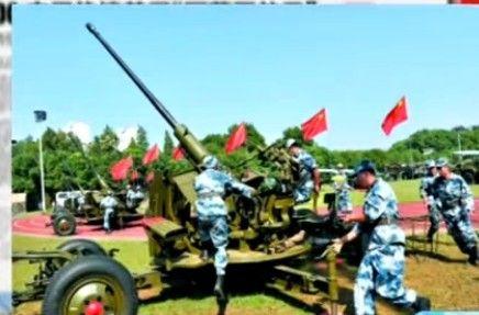 中国军官称解放军有能力击落美军F22战机