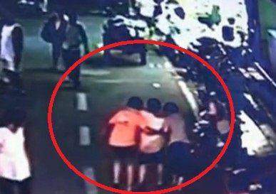 视频:监拍孕妇路边临盆全过程