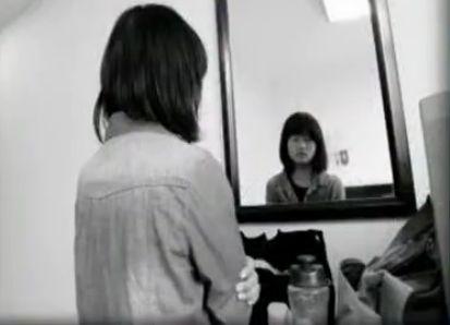 视频:17岁怪病女孩存男性化特征