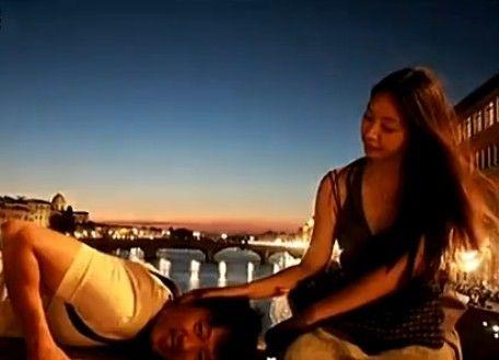 视频:凌潇肃唐一菲欧洲度蜜月