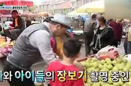 韩版爸爸去哪儿团队探班中国宝贝