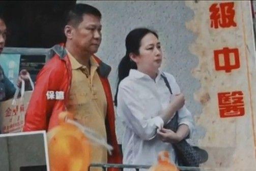 47岁朱丽倩再做高龄产妇怀孕15周