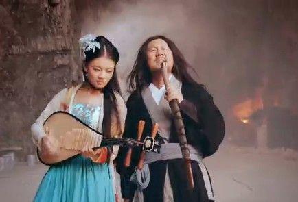 视频:腾格尔《桃花源》雷人搞笑MV