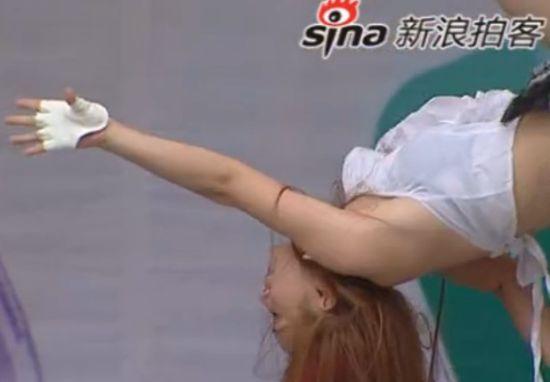 重庆举办钢管舞大赛 健康生活无关情色