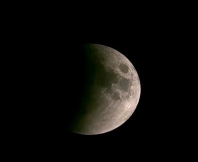 唯美延时摄影纪录血色月亮全过程